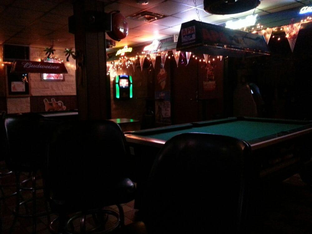Sundown Lounge: 2998 N 22nd St, Decatur, IL
