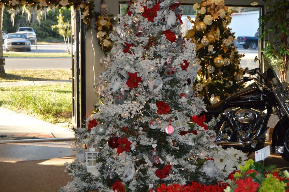 Thompson's Flower Shop: 18767 HiGh Springs Main St, High Springs, FL