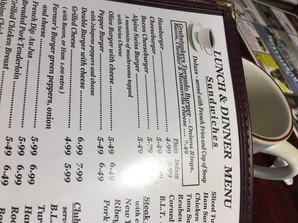 Grubsteakers Restaurant: 14698 E Il Rt 64, Rochelle, IL