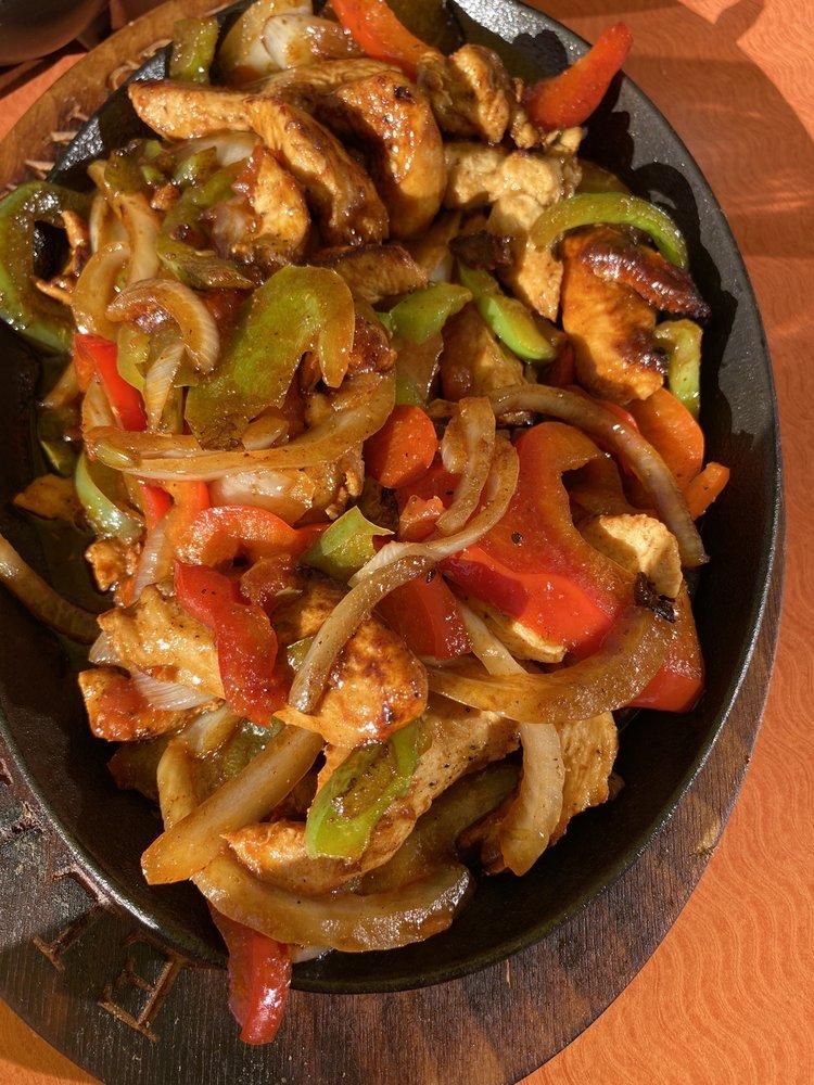 El Paraiso Mexican Grill: 14090 Fryelands Blvd, Monroe, WA