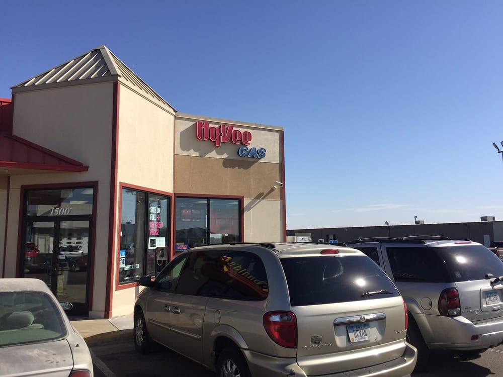 Hy-Vee Gas: 1500 N 2nd St, Cherokee, IA