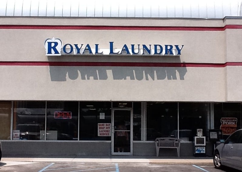Royal Laundry: 9546 Allisonville Rd, Indianapolis, IN