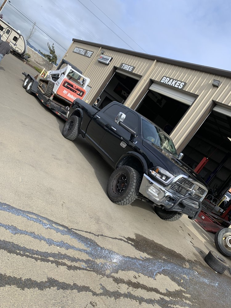 Industrial Tire Service: 4100 Old Hwy S, Roseburg, OR
