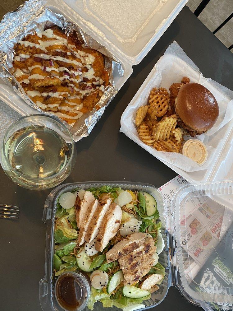 Wild Annie's Restaurant: 300 Lowry Dr, McConnellsburg, PA
