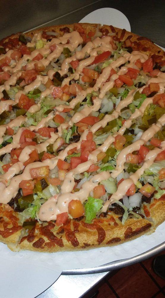 Gorham House of Pizza: 12 Lancaster Rd, Gorham, NH