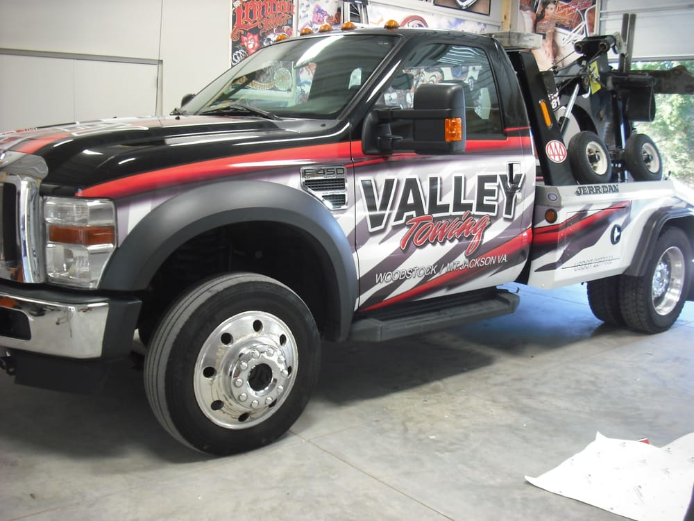 Valley Towing: 650 N Main St, Woodstock, VA