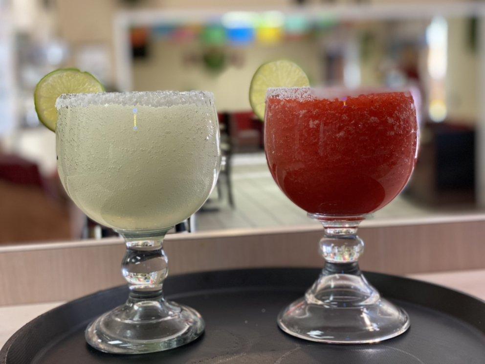 El Montecito Mexican & American Restaurant: 11720 Bartlett Ave, Adelanto, CA