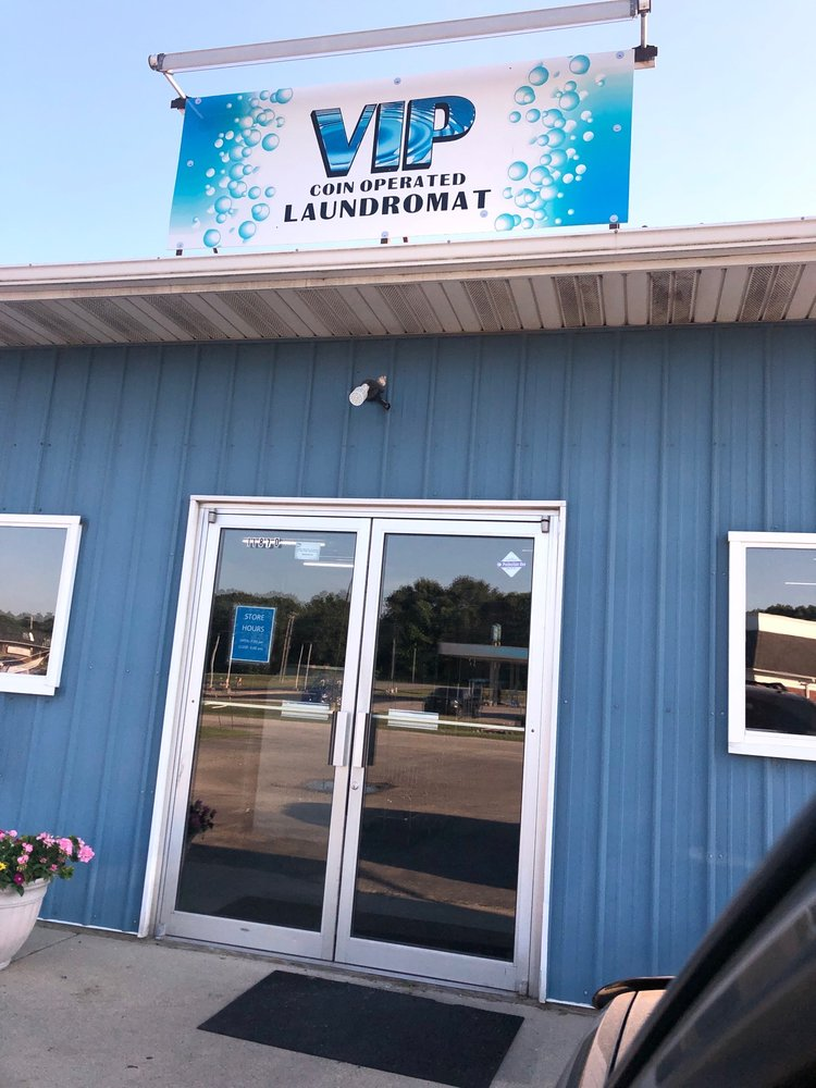 VIP Laundromat: 11870 W State Rd 10, Roselawn, IN