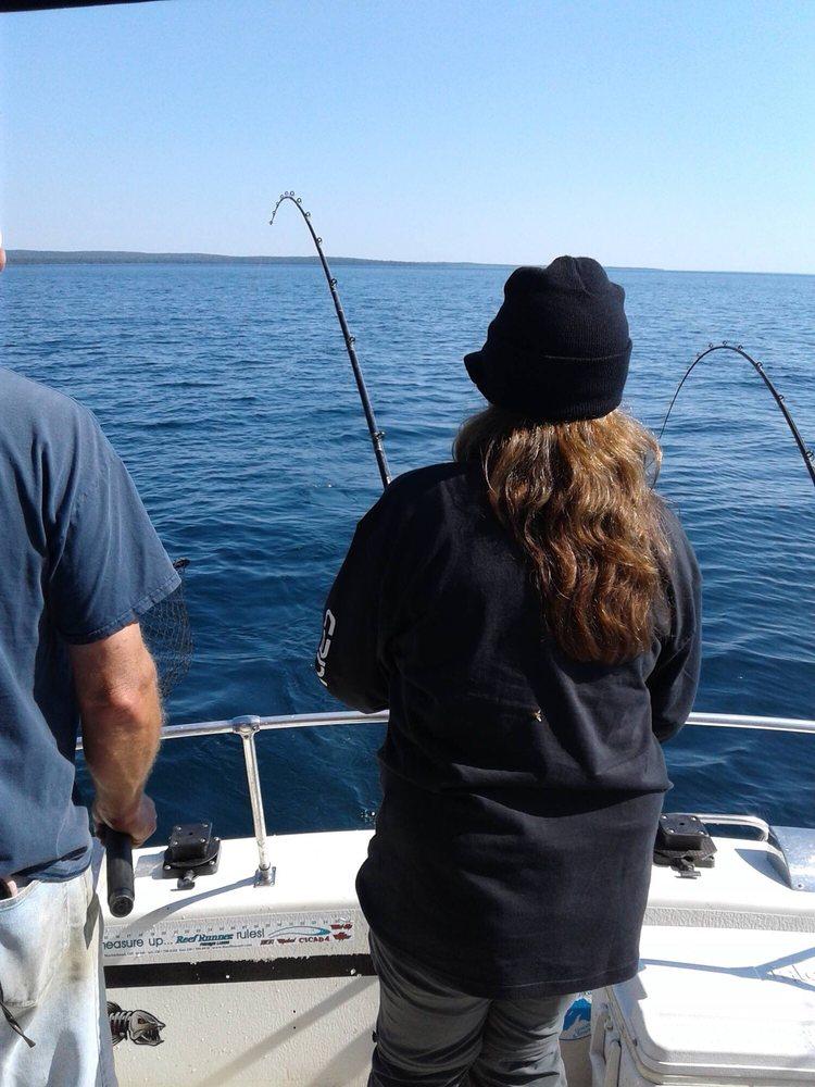 Hooked Up Charter: 11627 Superior St, Lac La Belle, MI