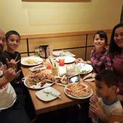 California Pizza Kitchen - 319 Photos & 264 Reviews - Pizza - 609 ...