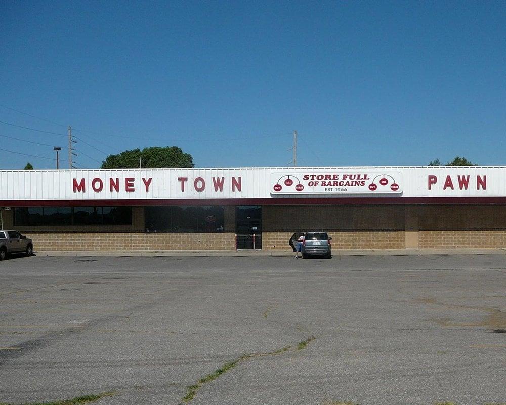 Money Town Pawn Shop: 2425 S Oliver St, Wichita, KS