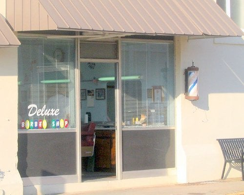 Deluxe Barbershop: 102 W Main St, Laurens, SC