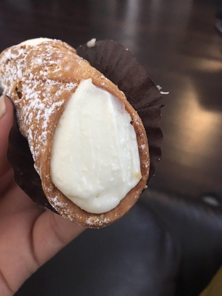 La Rose Italian Bakery