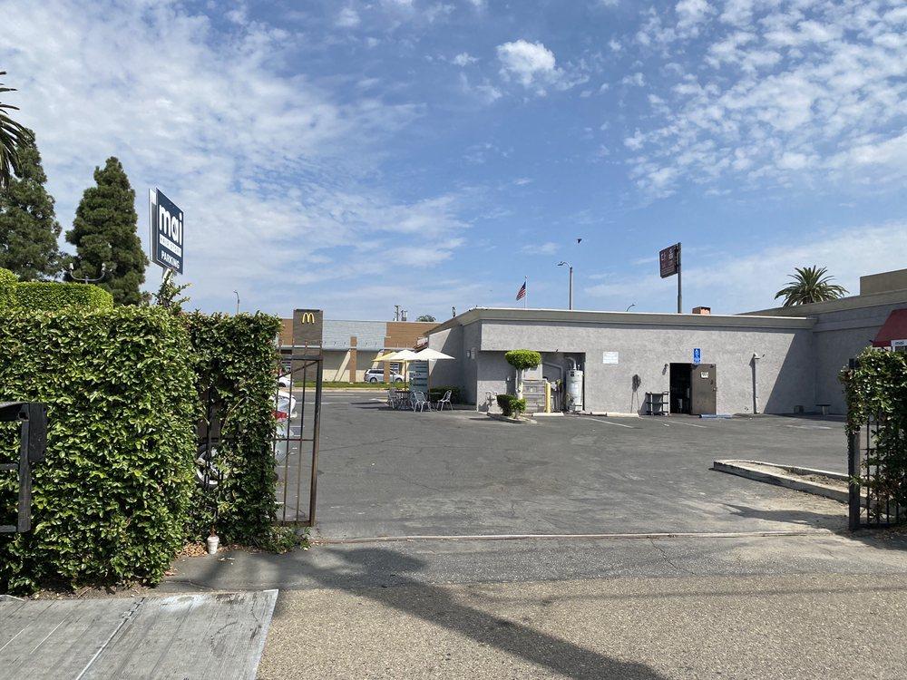 Wang Globalnet: 2465 Fruitland Ave, Vernon, CA