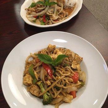 Thai Restaurant Salt Lake City, Utah | Mano Thai Diner | near ...