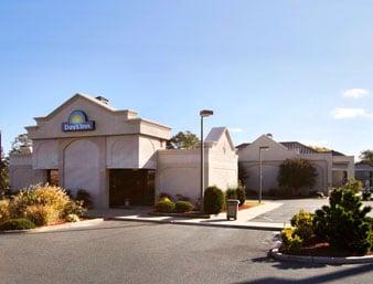 Days Inn by Wyndham Salisbury: 2525 North Salisbury Blvd, Salisbury, MD