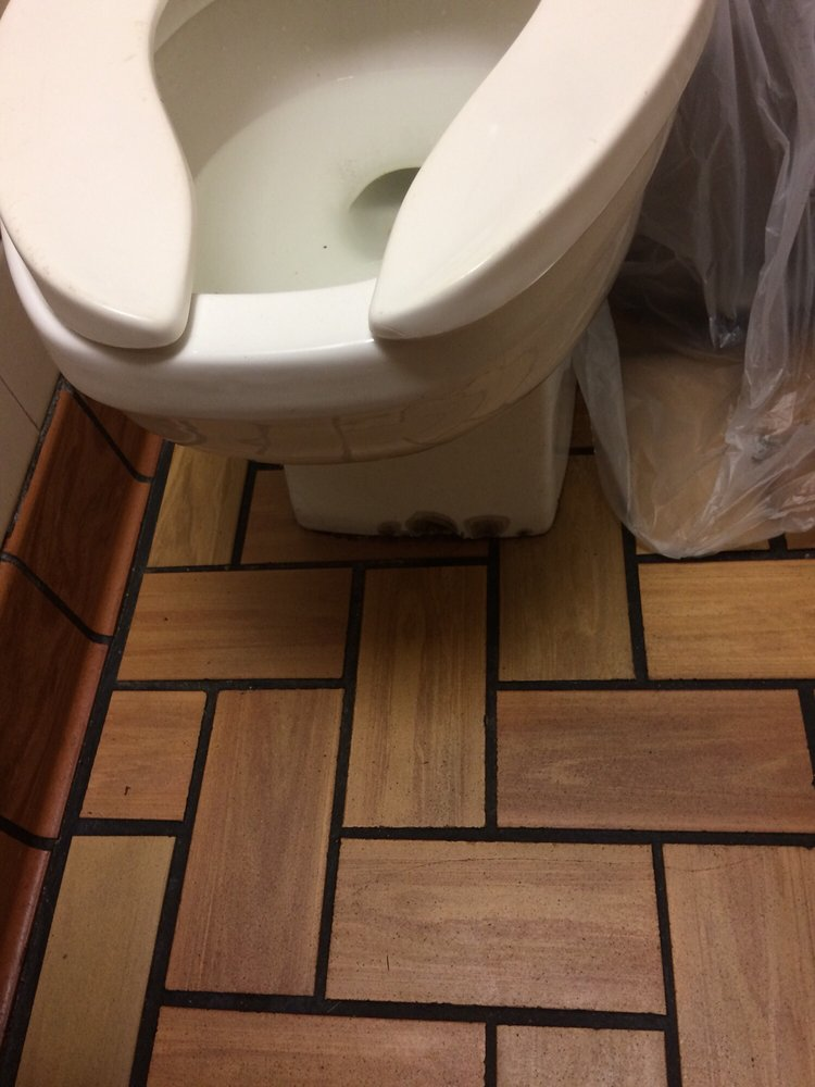 McDonald's: 1479 N State St, North Vernon, IN