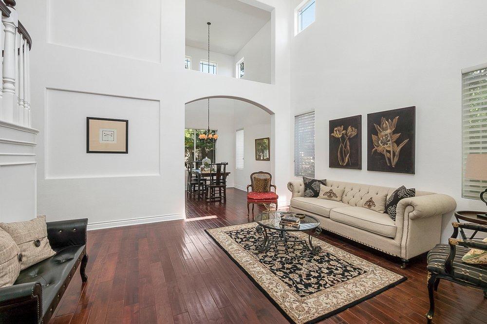 Gary Jacobs-RE/MAX Olson & Associates: 30699 Russell Rnch, Westlake Village, CA