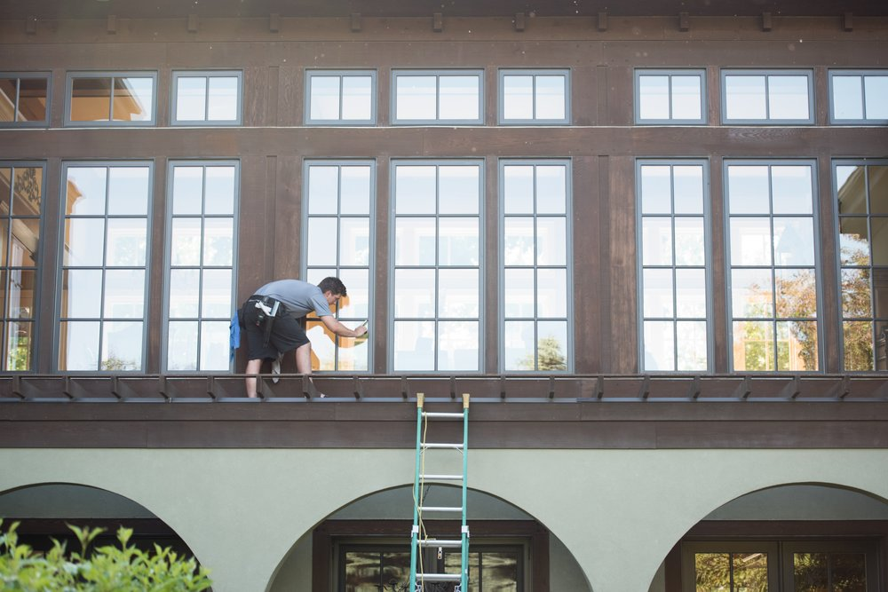 Clear Cut Window Cleaning: Arden Hills, MN