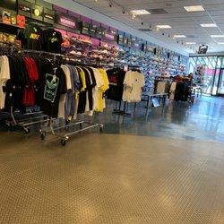 hot sale online 0e9b4 29b39 Foot Locker - 12 Reviews - Shoe Stores - 2829 Mission St ...
