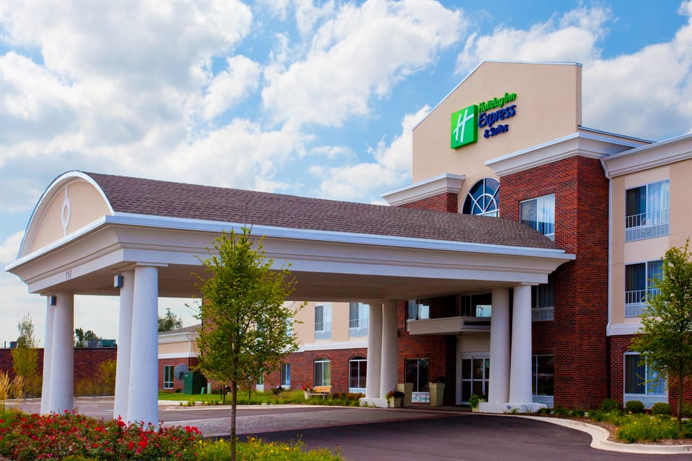 Holiday Inn Express & Suites Ironton: 401 S 9th St, Ironton, OH