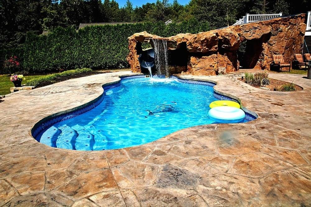 Elysium Stonescapes: 821 Stoney Brook Dr, Sanford, NC