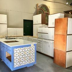 Discount Home Warehouse - 45 Photos & 14 Reviews - Home & Garden ...