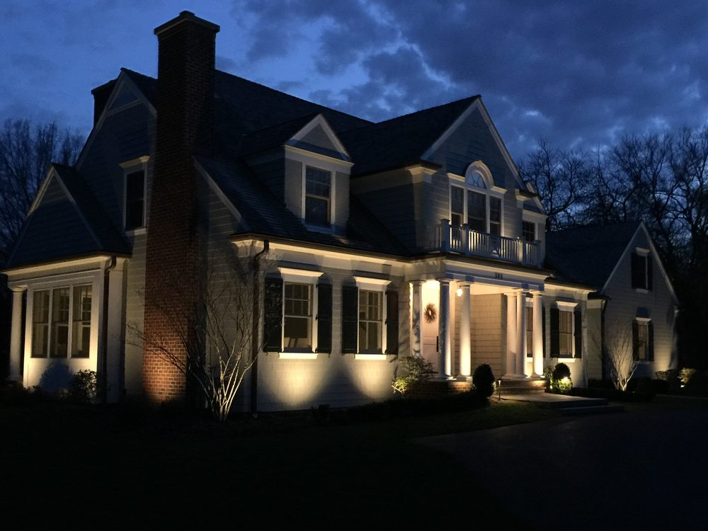 Artistic Outdoor Lighting: 260 Cortland Ave, Lombard, IL