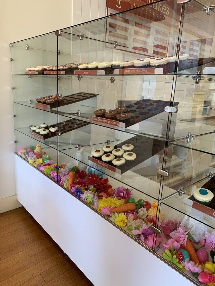 Trinicakes Cupcakery