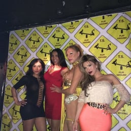 SUSI VILLA TPLAYGROUND - 23 Photos - Gay Bars - 500 W 48th