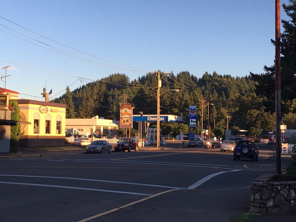 Clackamas River Growlers: 367 SE Main St, Estacada, OR