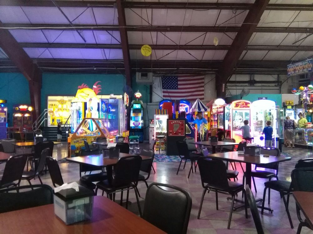 Social Spots from Cluggy's Amusement Center