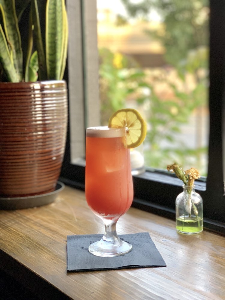 guests enjoyed cocktails made - 750×1000