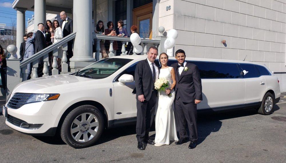 Raffi's Limousine Service: Burlington, MA