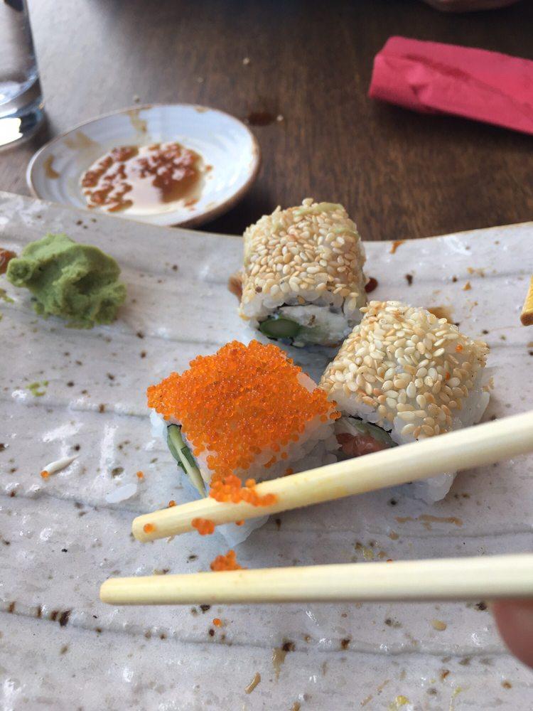 Chinese & Sushi Express: Angora Blv. No:209 D:16, Ankara, 06