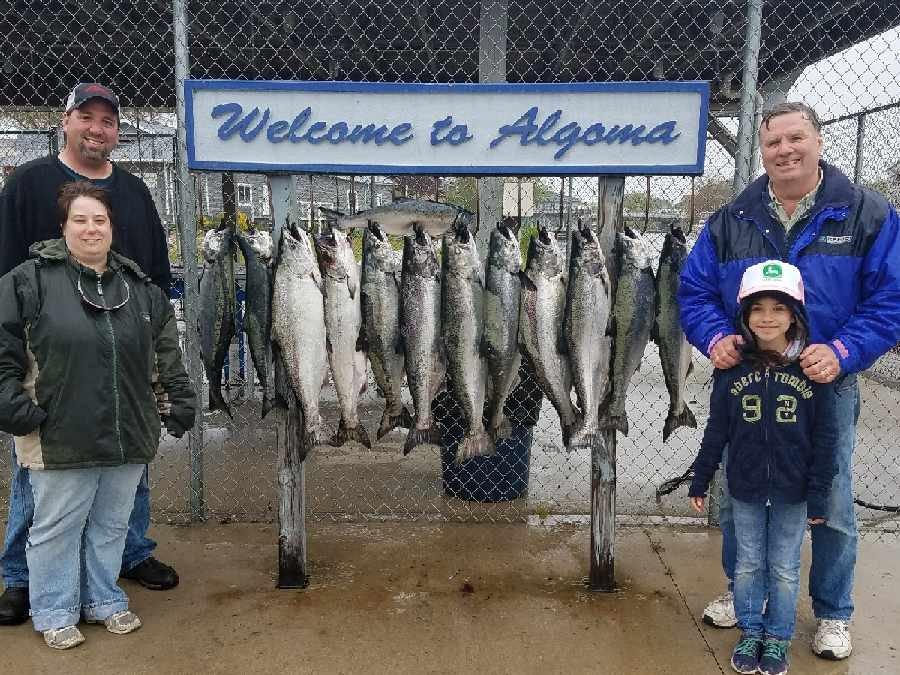 Kinns Sport Fishing: 60 Steele St, Algoma, WI