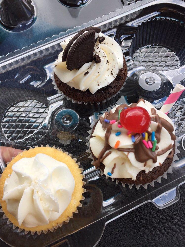Ralphs Cupcake Cakes