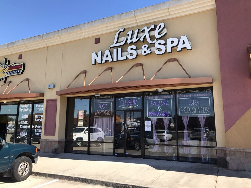 Photos for Luxe Nails & Spa - Yelp