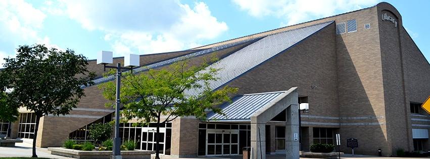 Anderson Public Library: 111 E 12th St, Anderson, IN