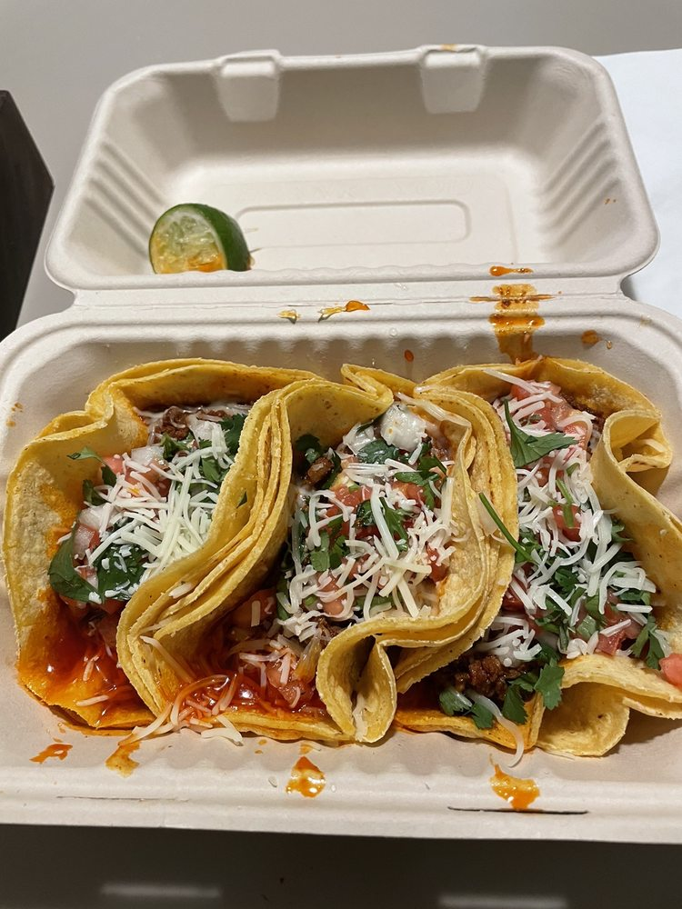 Baby Loves Tacos: 524 Grant Ave, Millvale, PA