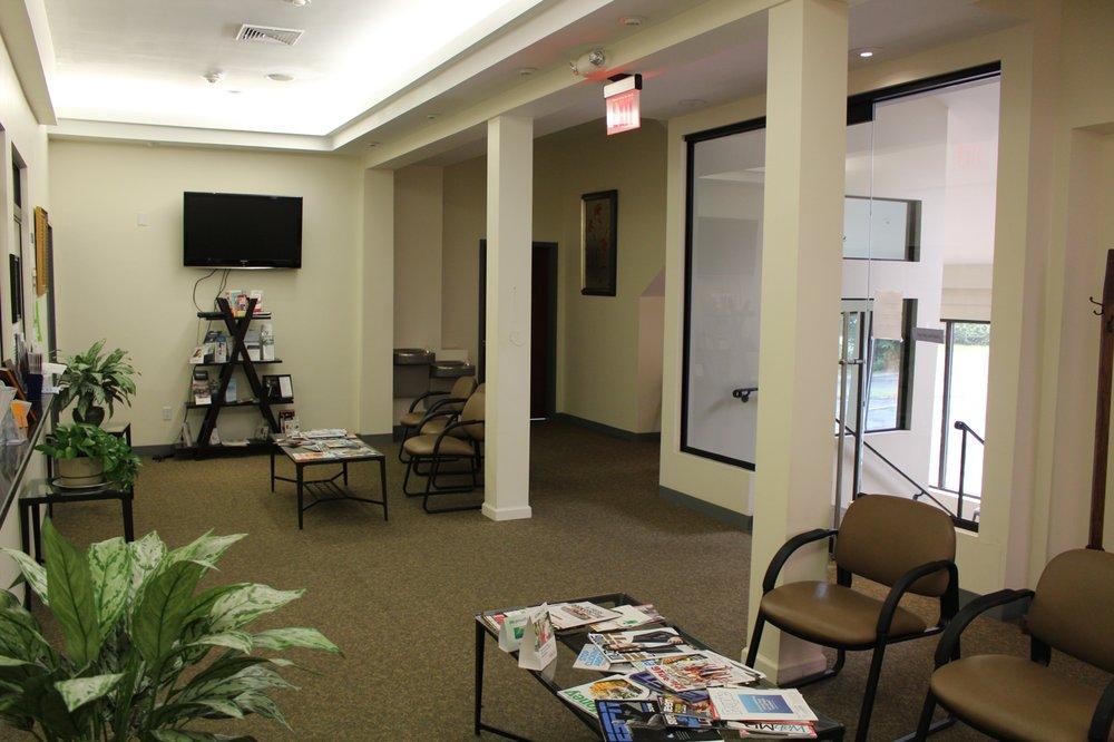 South Shore Dental Care: 169 N Franklin St, Holbrook, MA