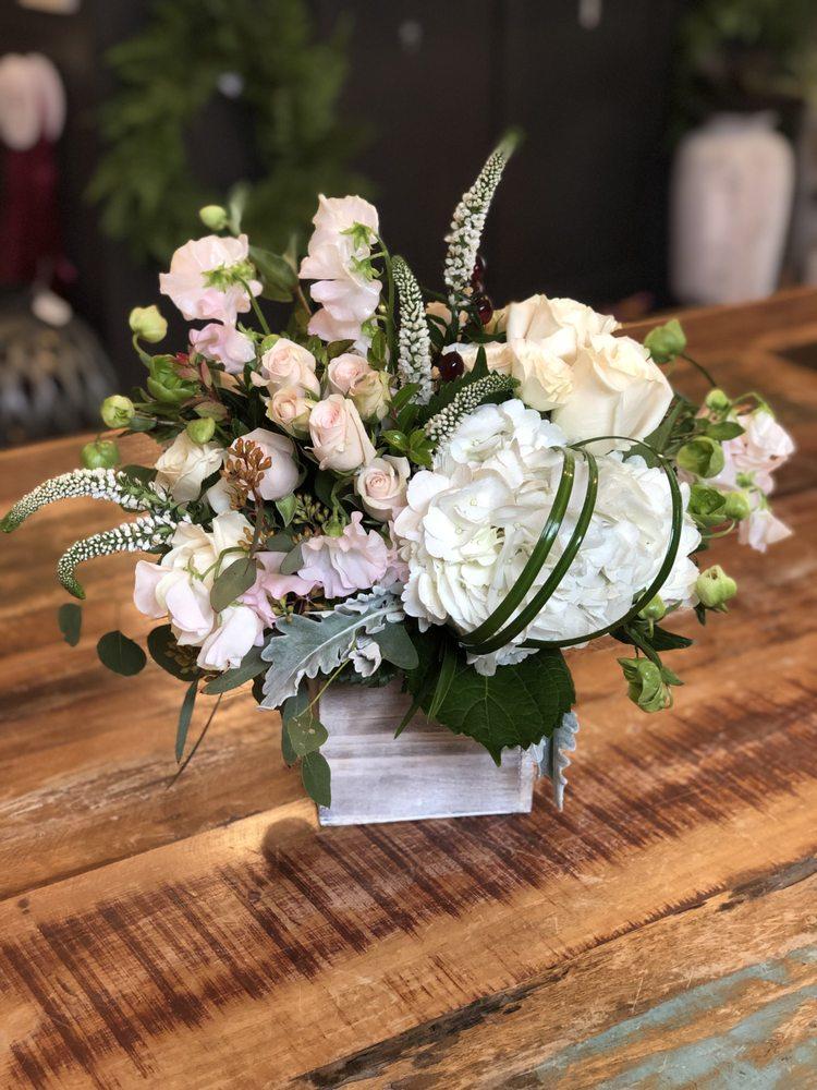 Carousel Flowers: 527 S York St, Elmhurst, IL
