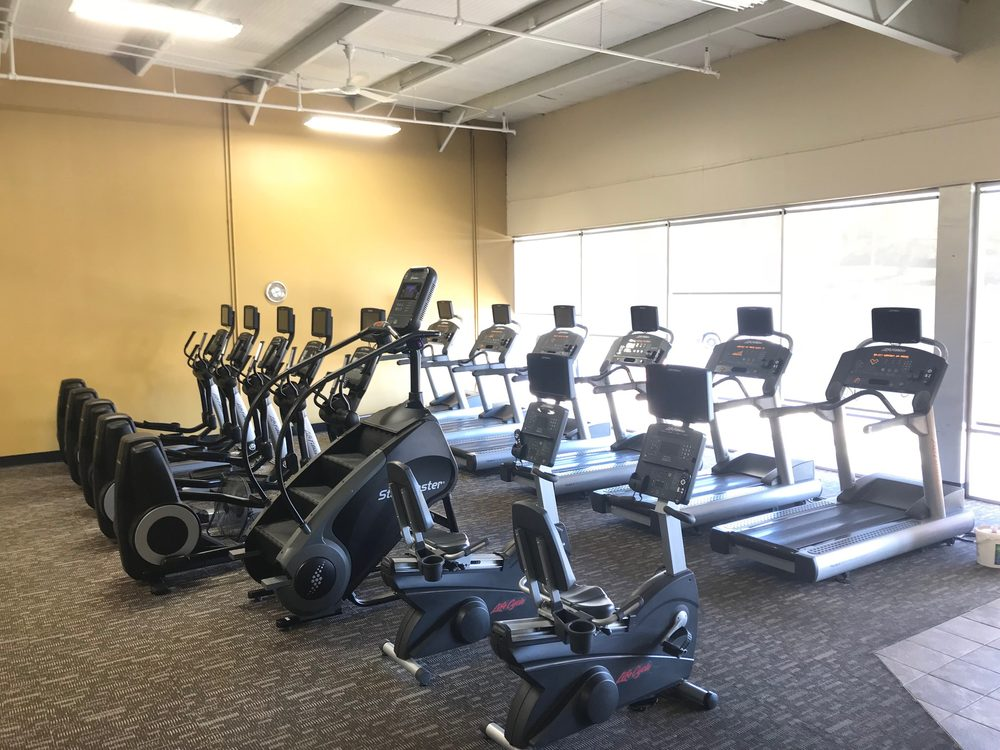 Anytime Fitness: 2127 N Summit St, Arkansas City, KS