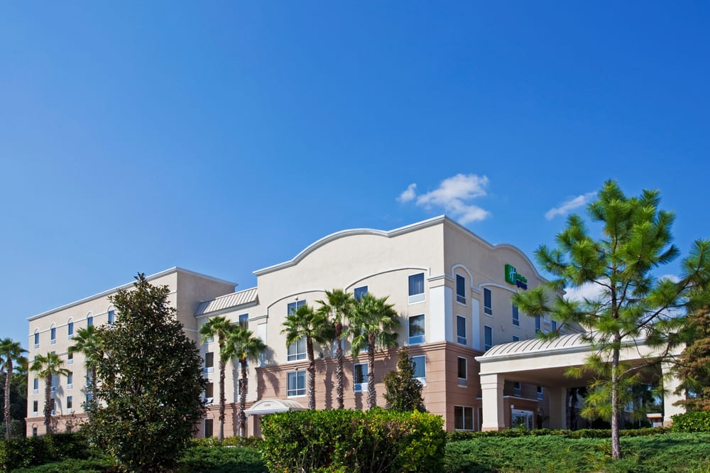 Holiday Inn Express: 2580 Gulf To Bay Blvd, Clearwater, FL