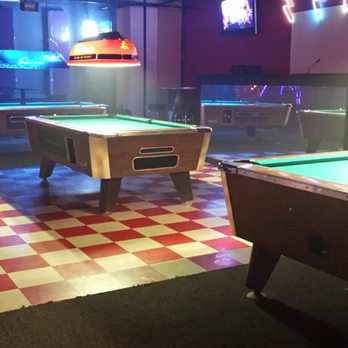 Big Lars Photos Dance Clubs E Nd St Des Moines IA - Pool table movers des moines