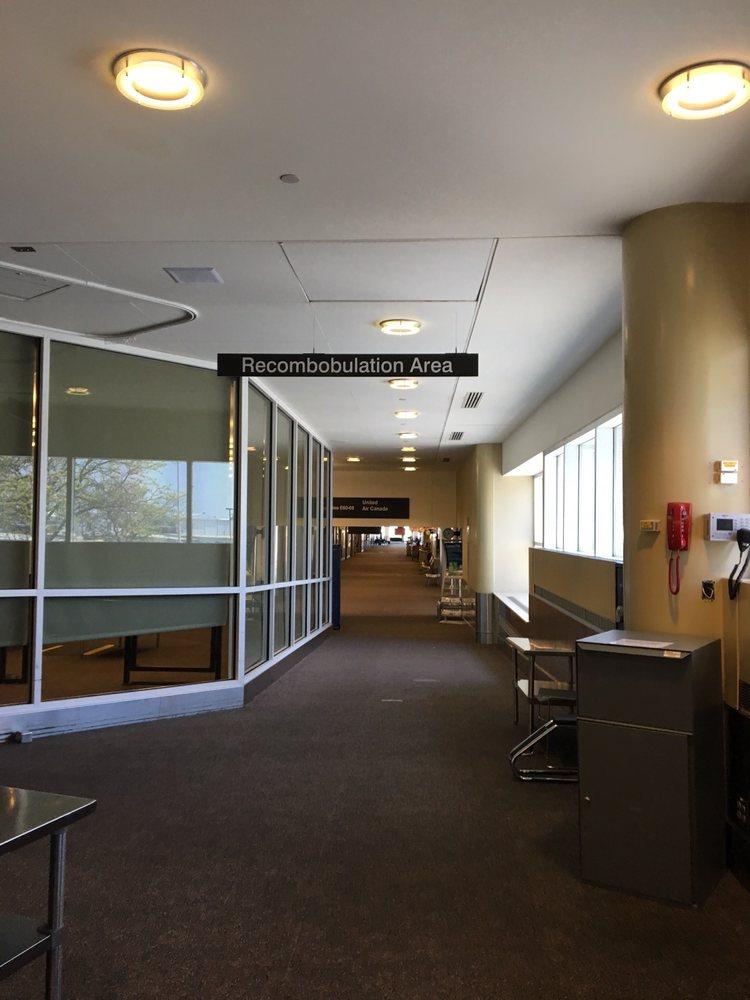 General Mitchell International Airport - MKE