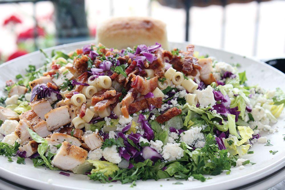 Happy Poochie Eatery: 325 W Main St, Benton Harbor, MI