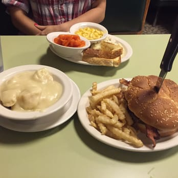 country kitchen lebanon ohio country kitchen restaurant 39 photos amp 45 reviews 6086