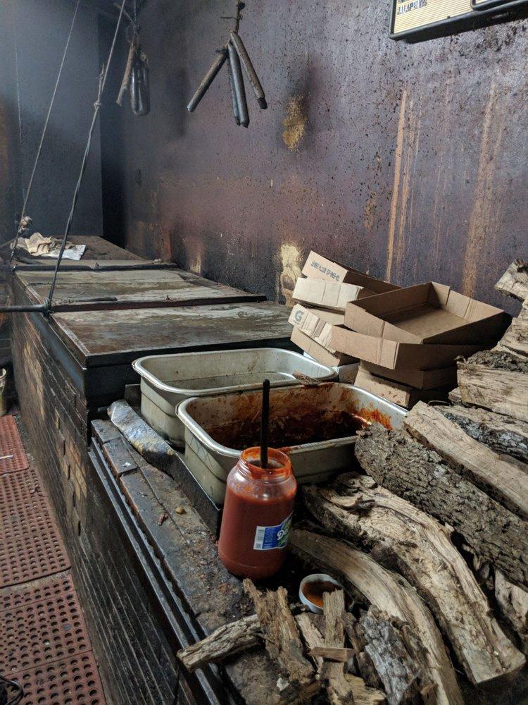 Original City Market BBQ: 633 E Davis St, Luling, TX