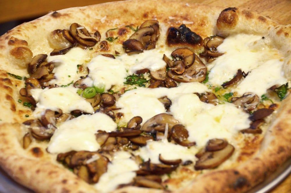 Pizza Brama: Potomac, MD